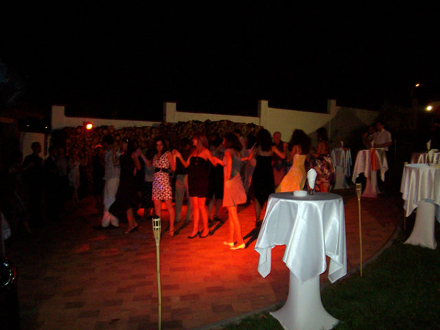 Сватба в с. Люляк, 120 гости