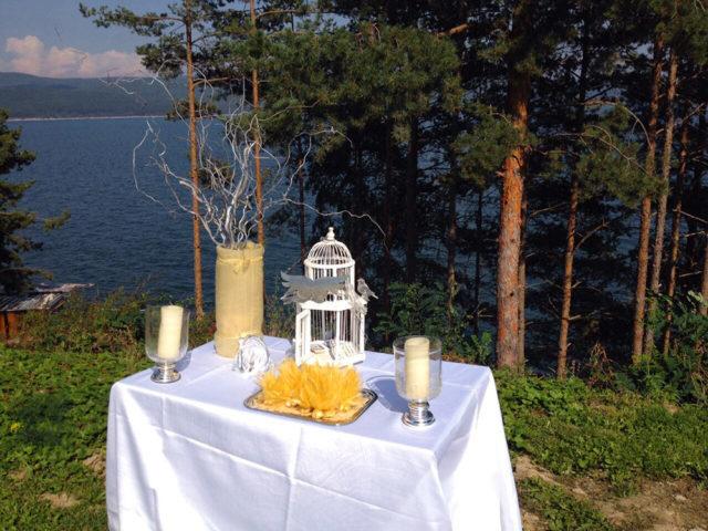 Градинска сватба край София 80 гости