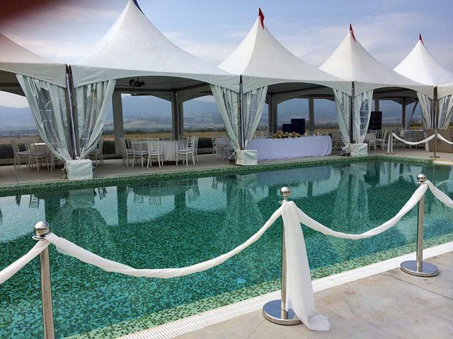 Сватба в шато Копса 200 гости