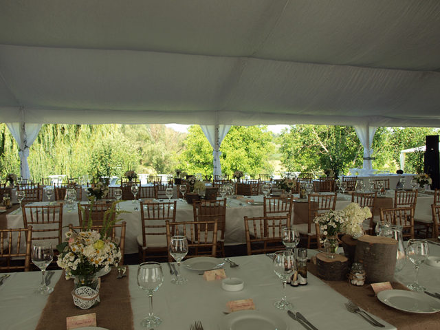 Градинска сватба в село Пудрия