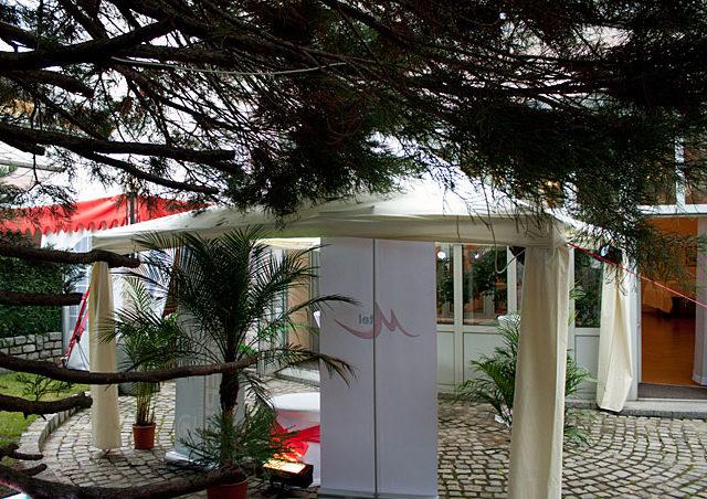 Оборудване под наем в Посолство на Австрия