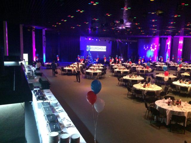 Коледно парти на Еврохолд в зала 3 на НДК – 600 гости